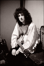 Brian May in dressing room