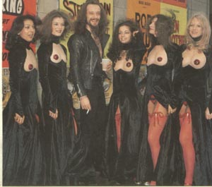 Ian Anderson & Pans people outside The Rainbow